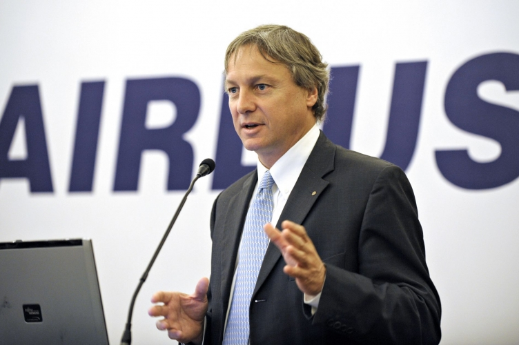 Noticias de aviones. Noticias de aviación. Christian Scherer, jefe de ventas de Airbus