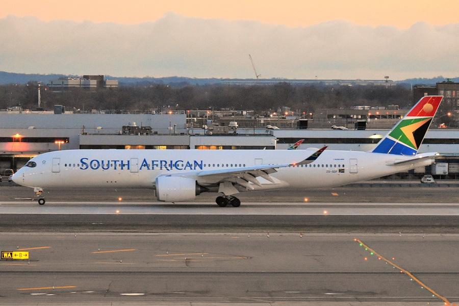 Noticias de aerolíneas. Noticias de aviones. Airbus A330 de South African Airways