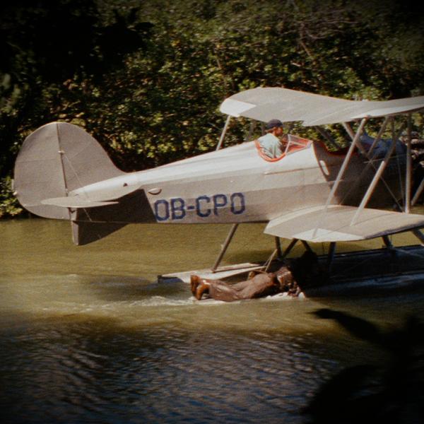 Noticias de aviones. Noticias de aviación. Matrícula del WACO UBF2 que aparece en Indiana Jones