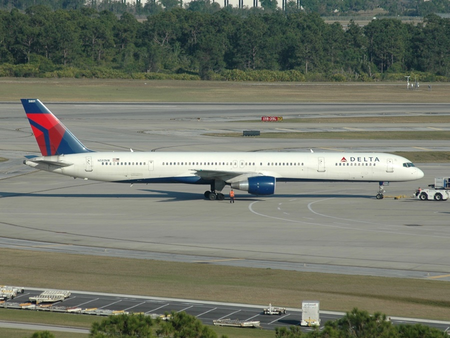 Noticias de aerolíneas. Noticias de aviones. Boeing 757 de Delta Airlines