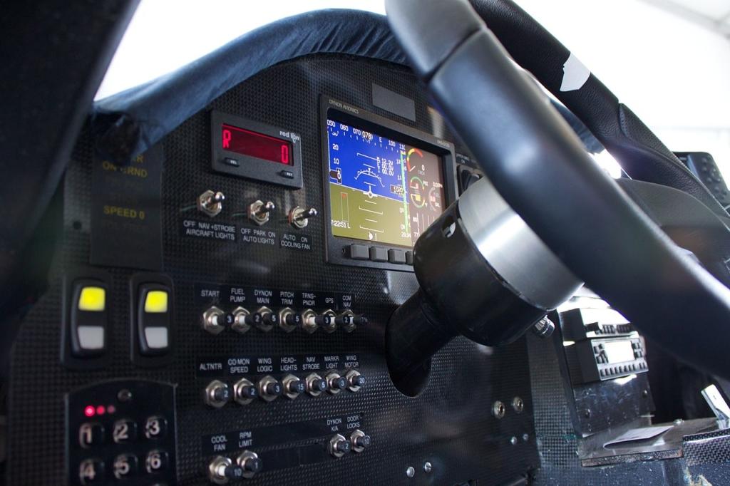 Noticias de aviación. Noticias de aviones. Cockpit del Terrafugia Transition