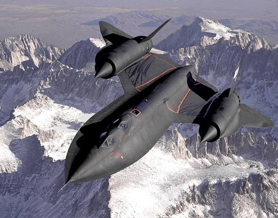 Noticias de aerolíneas. Noticias de compañías aéreas. Avión militar SR71