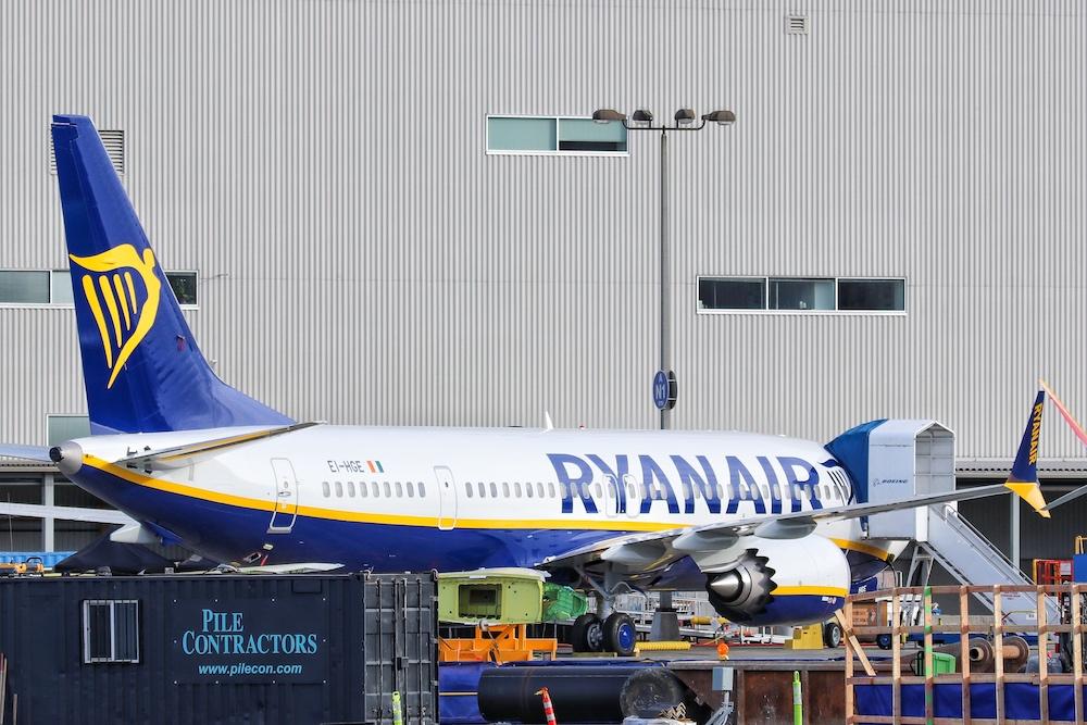 Noticias de aerolíneas. Noticias de aviación. Boeing 737 MAX 8200