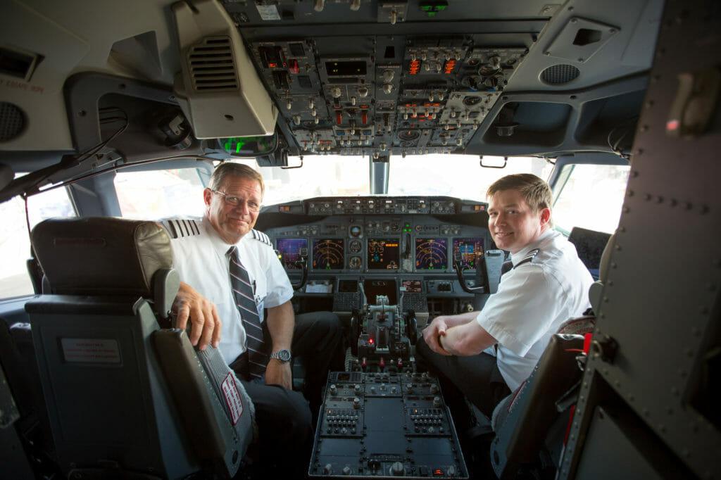 Noticias de aerolíneas. Noticias de compañías aéreas. Pilotos en un 737 de Southwest