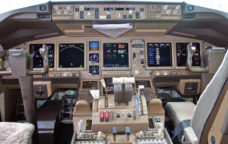 Noticias de aviación. Noticias de aerolíneas. Cabina de Boeing 777