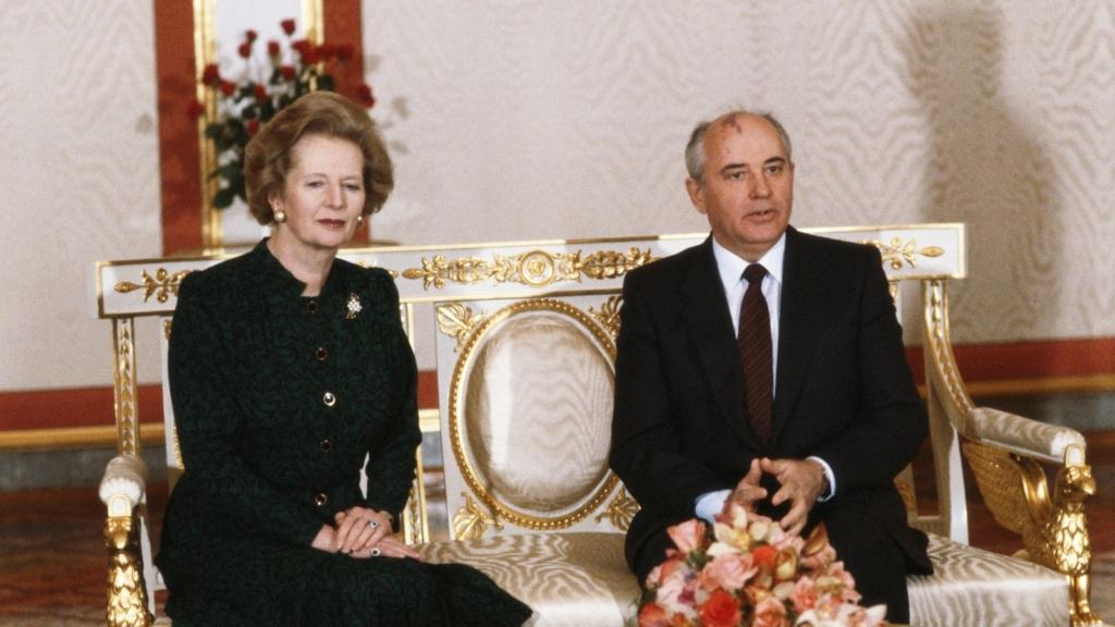 Noticias de aviones. Noticias de aviación. Margaret Thatcher y Mijail Gorbachov