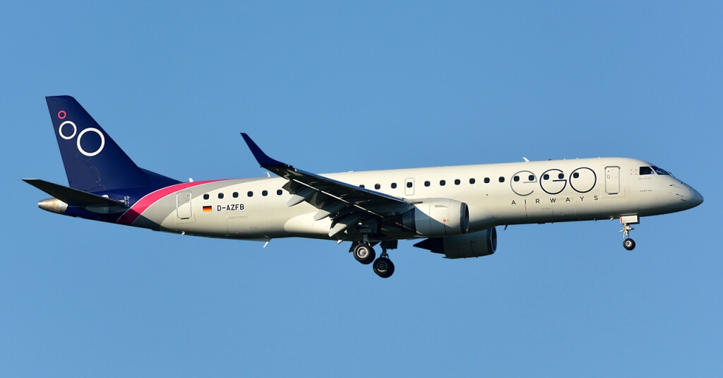 Noticias de aerolíneas. Noticias de compañías aérea. Avión de EGO Airways