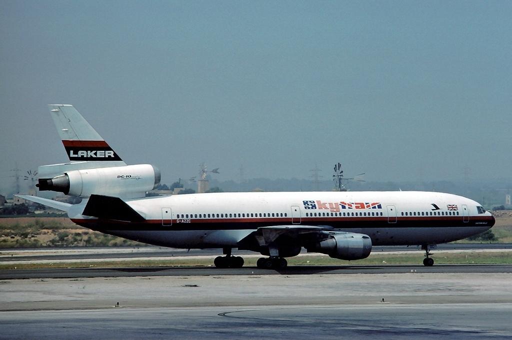 Noticias de aerolíneas. Noticias de aeropuertos. DC10 de Laker Airways.