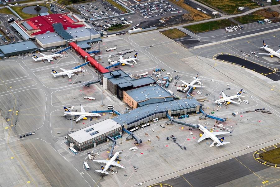 Noticias de aerolíneas. Noticias de compañías aéreas. Aeropuerto de Keflavik, en Islandia