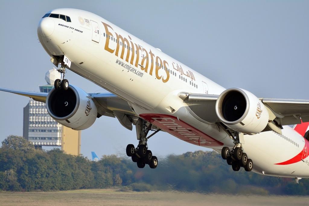 Noticias de aerolíneas. Noticias de compañías aéreas. Boeing 777-300ER de Emirates