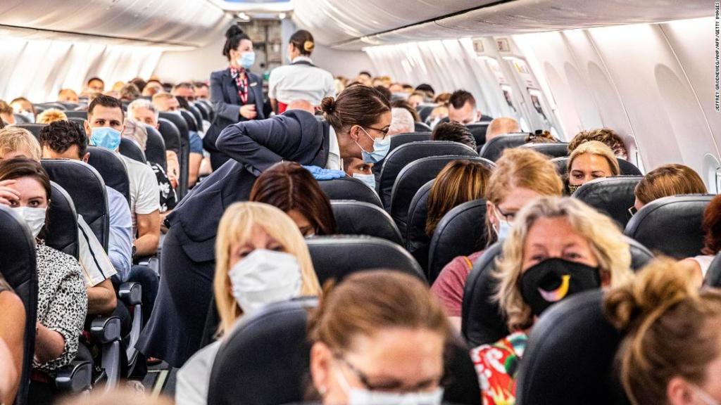 Noticias de aerolíneas. Noticias de compañías aéreas. Pasajeros en clase Economy