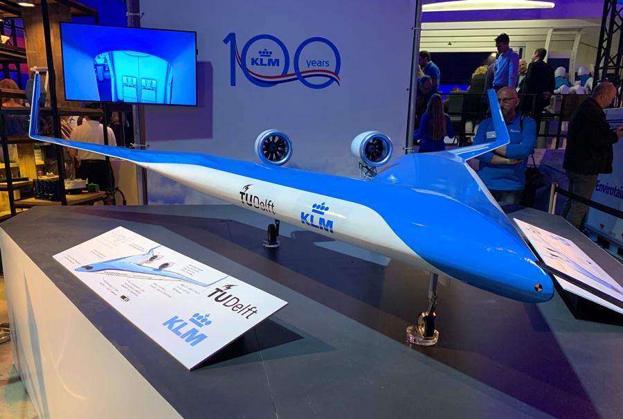 """Noticias de aviones. Noticias de aviación. Proyecto de avión en """"V de KLM"""