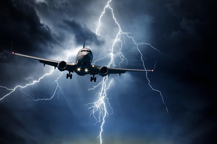 Miedo a volar, aerofobia. Tormenta durante un vuelo