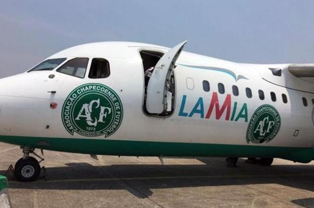 Avro RJ85 de la aerolínea boliviana LAMIA