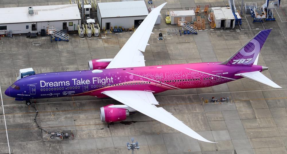 """Boeing 787 Dreamliner de Air Canada, perteneciente al programa """"Dreams Take Flight"""""""