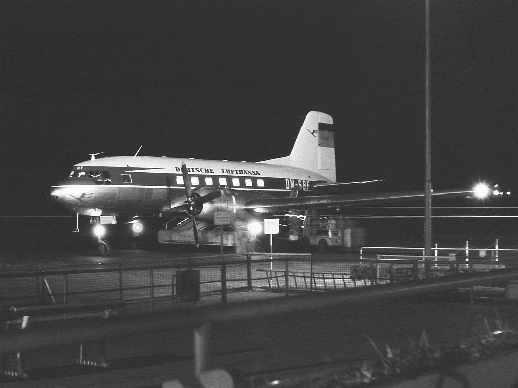 Ilushin IL-14 de la aerolínea de la RDA Deutsche Lufthansa