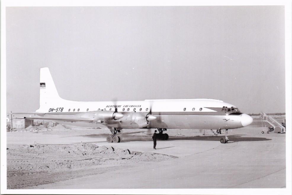 Ilushin IL-18 de la aerolínea de la RDA Deutsche Lufthansa