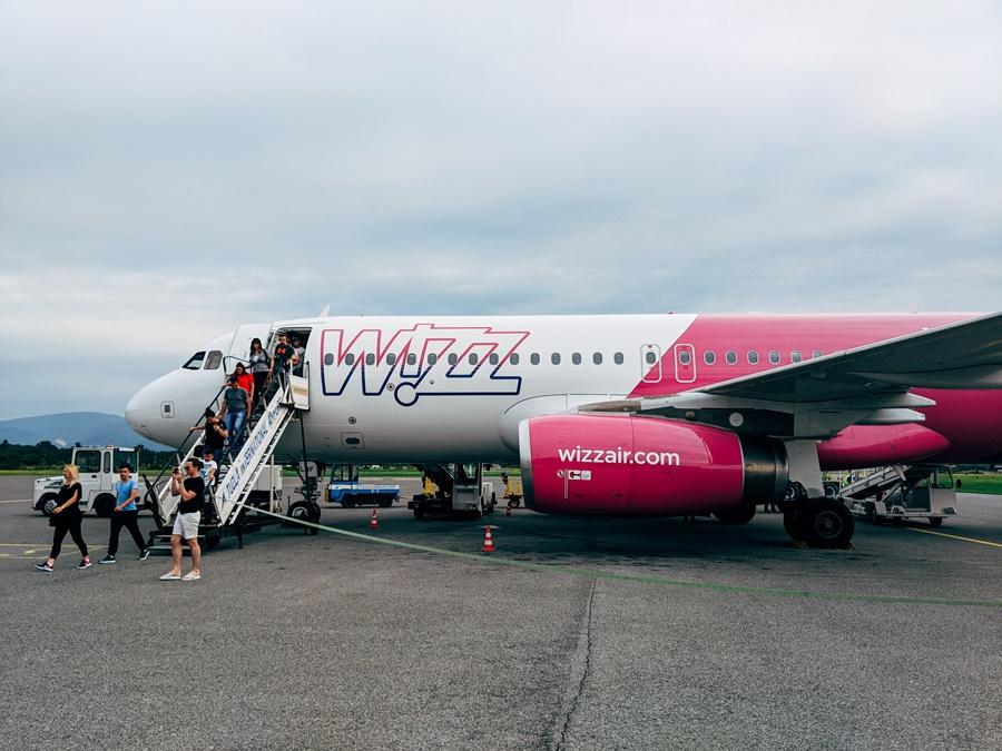 Avión perteneciente a la flota de la aerolínea Wizz Air