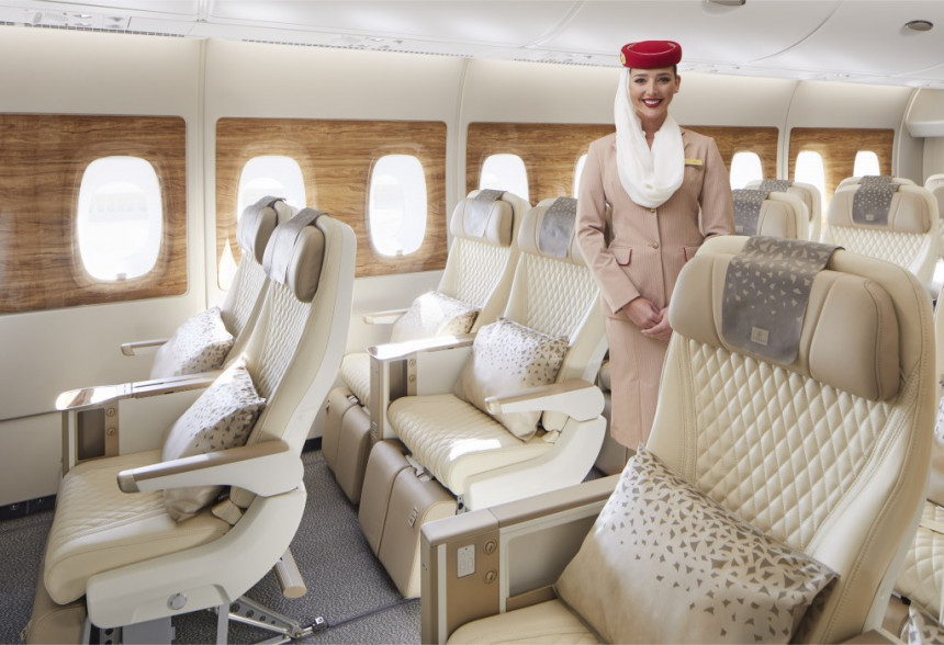 Asientos de la clase Premium Economy en un avión de Emirates